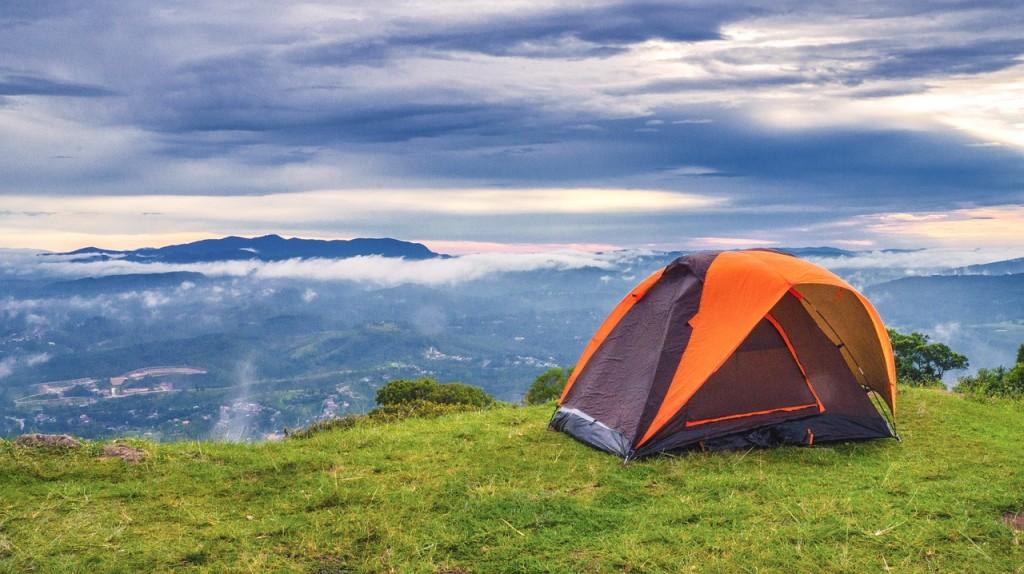 Réussir son séjour en camping : conseils pour bien l'organiser